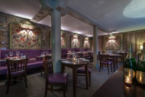 White-Hart-Royal_Restaurant-2