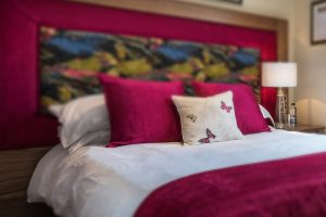 white-hart-royal-hotel-single-bedroom-cotswolds