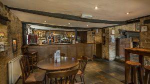 Bar White Hart Royal